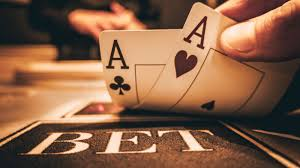Seven Legal Guidelines Of Online Casino